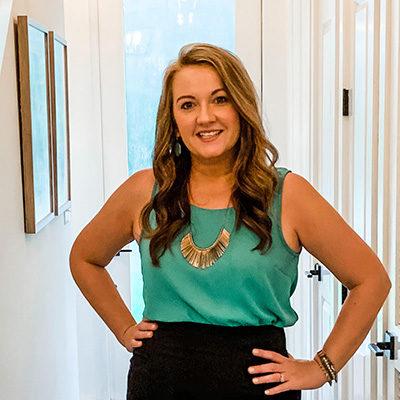 Dianna Donahue Interior Decorator in Davenport and Bettendorf Iowa